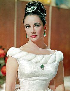 https://flic.kr/p/9BUKh2 | Elizabeth in the The V.I.P.s (1963)