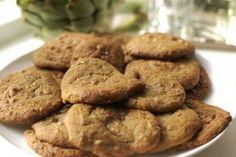 Pindakaaskoekjes Omdat de meeste koekjes vol suiker en boter zitten en we wel af en toe overvallen worden door een aanval van lekkere trek, ...Pindakaaskoekjes