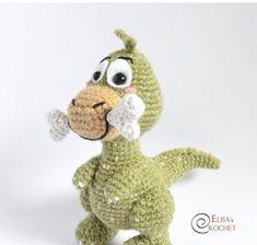 Albert the Dino amigurumi receita gratis Crochet Dinosaur, Knit Or Crochet, Crochet Clothes, Little Ones, Free Pattern, Crochet Patterns, Teddy Bear, Dolls, Inspiration