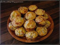 slané muffiny Food And Drink, Homemade, Cookies, Ethnic Recipes, Blog, Cupcakes, Ideas, Basket, Crack Crackers