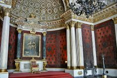 Санкт-Петерб́ург (St. Petersburg) - Государственный Эрмитаж (Hermitage Museum)