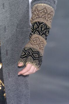 Knitting inspiration: Chanel stranded fingerless mitts