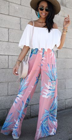 #summer #outfits  First Thing I'm Packing For My Trip To Nola Are 'The Best Pants'! They Are Called That For A Good Reason. It's Like Wearing A Cloud, Super Light Weight And So Flattering! Definitely Vacay-worthy 🌴 There Are Only A Few Sizes Left But You Can Always Get Notified When The Item Is Back In Stock In Your Size!