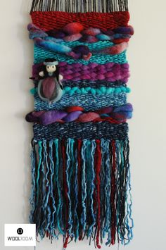 Original concept of WooL LooM: weaving with removable Mapuche Fairy - Concepto original de WooL LooM: telares con Hada Mapuche extraíble - Hand woven wall hanging // weaving // telar decorativo made by WooL LooM Weaving Textiles, Weaving Art, Tapestry Weaving, Loom Weaving, Hand Weaving, Felt Fabric, Fabric Art, Peg Loom, Weaving Projects