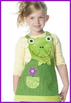 Aprons for children Sewing Aprons, Mccalls Sewing Patterns, Cool Aprons, Childrens Aprons, Quilted Gifts, Apron Designs, Kids Apron, Sewing For Kids, Kids Fashion