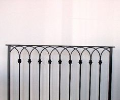 Wrought Iron Staircase, Wrought Iron Fences, Staircase Railings, Wooden Staircases, Porch Step Railing, Balcony Railing Design, Porch Steps, Garden Railings, Santa Cecilia
