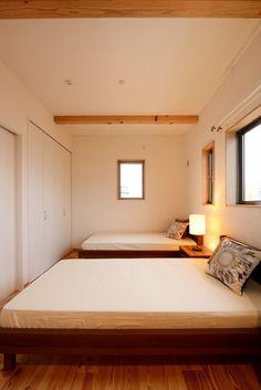 シンプルで落ち着いた雰囲気の寝室。#ナチュラルハウス越谷#自然素材 #インテリア  #工務店 #家づくり #子育て #注文住宅 #マイホーム#越谷 #レイクタウン #自然素材の家 #新築#エコ住宅#家づくり#ナチュラル #house #home #myhome #家族 #子育て #寝室