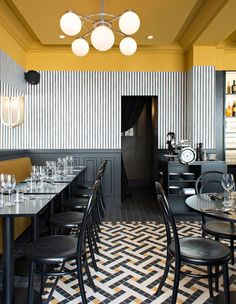 Bistro Epoca, Art Deco restaurant in Paris, design by Emily Bonaventure Interior Design Minimalist, Restaurant Interior Design, Best Interior, Interior Design Kitchen, Modern Interior Design, Interior Decorating, Decorating Ideas, Restaurant Interiors, Luxury Interior