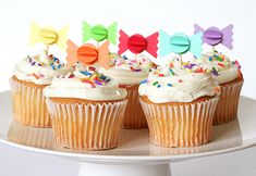 cupcakes and candy cupcake toppers Candy Themed Party, Birthday Party Themes, Birthday Ideas, 3rd Birthday, Themed Cupcakes, Cute Cupcakes, Candy Land, Cupcake Party, Cupcake Cakes