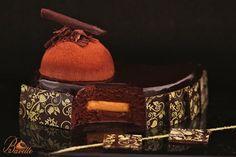 Chocolate mousse, coffee and tangerine cream Mini Desserts, Delicious Desserts, Dessert Recipes, Crazy Cakes, Chocolate Cafe, Torte Recepti, Mousse Cake, Recipe For 4, Sweet Recipes