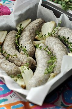 Wyroby domowe. Domowa biała kaszanka zapiekana - Damsko-męskie spojrzenie na kuchnię Kielbasa, Smoking Meat, Fresh Rolls, Sausage, Pasta, Dom, Ethnic Recipes, Canning, Sausages