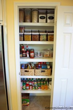 Organization Ideas For Small Pantries Check out these clever ideas for keeping your pantry organized and maximize your space!Check out these clever ideas for keeping your pantry organized and maximize your space! Pantry Shelving, Pantry Storage, Kitchen Storage, Pantry Baskets, Ikea Pantry, Food Storage, Storage Containers, Shelving Racks, Cabinet Storage