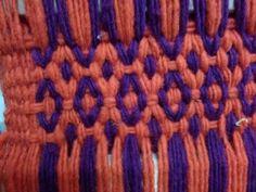 Ojo de guanaco, hecho por icha Weaving Patterns, Band, Textiles, Friendship Bracelets, Loom, Luhan, Chile, Fabrics, So Done