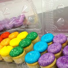 rainbow cupcakes by goodie girls more rainbows cupcake goodies girls ...