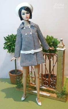 This perfect spring OOAK outfit fits Silkstone Barbie, Poppy Parker and FR2 dolls. The fashion set includes: The coat (coat-dress) is cut from a lightweight wool blend houndstooth check black and w…
