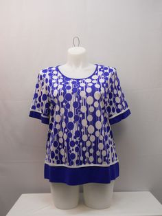 Essential Women's Knit Top Plus Size 1XL Multi Geometric Short Sleeves Pullover…
