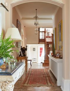 Edward Bulmer are based in London and they specialise in Interior Design and Colour Consultancy. Edward Bulmer feature as one of House & Garden's Top 100 and they have also created a range of beautiful, natural and environmentally friendly paints. Interior Wood Shutters, Interior Windows, Foyer Decorating, Interior Decorating, Cottage Paint Colors, Paint Colours, Pink Dining Rooms, Living Rooms, Interior Definition