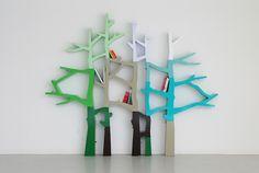 A Glossy Tree Becomes a Storage Piece