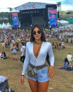 styles to copy for your next festival Fashion Inspiration and Discovery « Matchesfashions Rave Outfits, Trendy Outfits, Summer Outfits, Fashion Outfits, Music Festival Outfits, Music Festival Fashion, Festival Looks, Festival Style, Coachella Looks