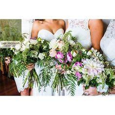 Pretty maids all in a row @curlytreephotography #jademcintoshflowers #weddingcollectivensw #rusticweddingflowers #newcastleweddingflowers #huntervalleyweddingflowers #huntervalleyweddings #huntervalleyflorist #centralcoastweddingflowers #portstephensweddi