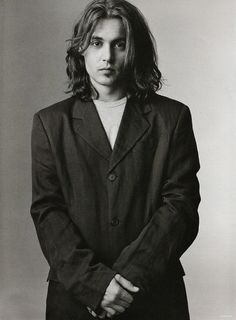 Photo of Mary Ellen Mark photo session February 1993 for fans of Johnny Depp 11003315 Mary Ellen Mark, Benny And Joon, John Depp, Fangirl, Johnny Depp Pictures, Young Johnny Depp, Grunge Hair, Beautiful Boys, Photo Sessions