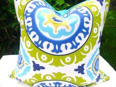 Bright outdoor cushion