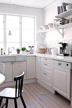 Furniture Inspiration, Ikea, Kitchen Cabinets, Cottage, Room, House, Home Decor, Bedroom, Decoration Home