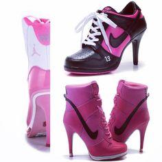 So in like with these!  @jumpman23  #pink #jordans #jordandepot #goat #airjordan #highheels #kellyreporter #fashion #sportgirl #sportswear
