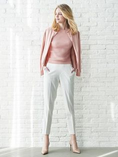 Classic, yet updated. Strut into spring in our breezy, elegant Ankle Pants.