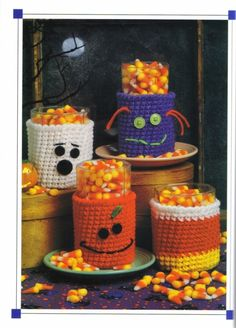 You would love making these Halloween Cup Cozy, Mug Cozy, Jar Cozy, Bottle Cozy. Check out these Free Crochet Patterns consisting many Halloween characters. Crochet Cup Cozy, Crochet Fall, Holiday Crochet, Free Crochet, Crochet Pumpkin, Halloween Cups, Halloween Crafts, Halloween Decorations, Halloween Ideas