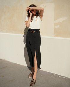 DISA - High waist skirt with fringed hem - Black