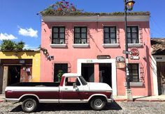 Guatemala_Antigua_travel_artisan_design_travel_guide_what-to-do-in-Guatemala_Guatemala-tours_absolute-travel