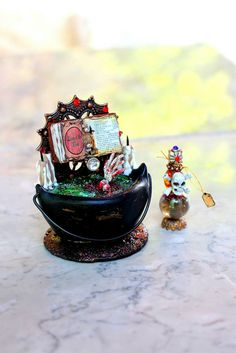 Hey, I found this really awesome Etsy listing at https://www.etsy.com/listing/190227797/dollhouse-miniature-witch-or-wizard
