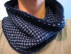 Ravelry: Half Linen Stitch-ish Cowl pattern by Nicole Nehrig Diy Knitting Scarf, Knit Cowl, Arm Knitting, Knitted Shawls, Double Knitting, Knitted Blankets, Crochet Hats, Knitting For Charity, How To Start Knitting