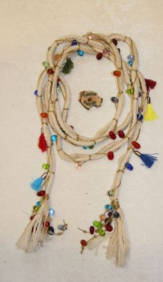 Cream Color Natural Drawstring Colorful Glass Beaded Necklace - diy and joy Fabric Jewelry, Diy Jewelry, Jewelry Making, Accesorios Kate Spade, Seed Bead Necklace, Boho Necklace, Handmade Necklaces, Handcrafted Jewelry, Seed Bead Art