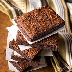 Surprise! Your child (and you!) will LOVE these gluten-free, vegan, and raw #brownies.