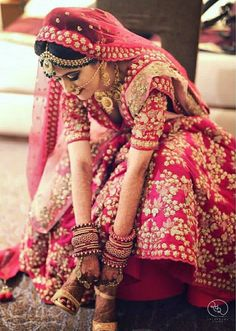 Latest Bridal Lehenga Cholis and designer bridal lehengas at most affordable prices. ANHAD have something for every bride. Indian Wedding Gowns, Wedding Lehnga, Indian Bridal Outfits, Indian Bridal Lehenga, Indian Bridal Fashion, Indian Bridal Wear, Bridal Dupatta, Bride Indian, Wedding Dresses