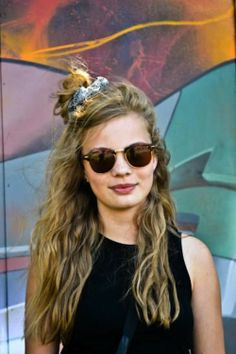 and easy hair styles go back to the 90 s with hair scrunchies so 5570