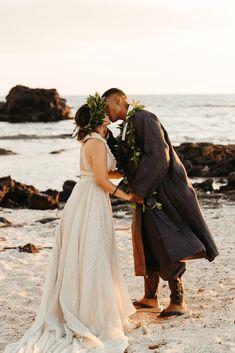 Korean Hawaiian Elopement with a Traditional Ceremony – Alyssa Luzaich Photography – Kukio Beach – Bridal Musings 47