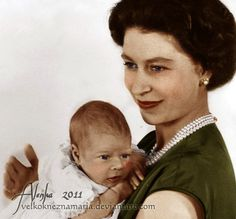 Queen Elizabeth II. with her baby son Prince Andrew.