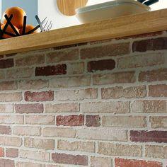 13235c57818e4 Papel pintado imitación muro de piedra ladrillo rojo desgastado PDW9670313