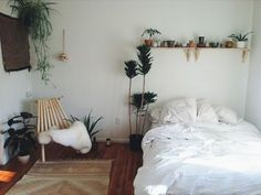 My new room Cozy Bedroom, Bedroom Inspo, Dream Bedroom, Bedroom Decor, White Bedroom, Bedroom Plants, Bedroom Ideas, Light Bedroom, Garden Bedroom