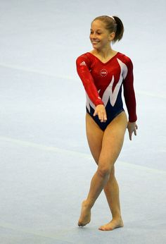 Shawn Johnson Floor Event Final 2007 Pan American Games. I wish she was still competing!