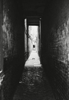 #shadow#black#streetart