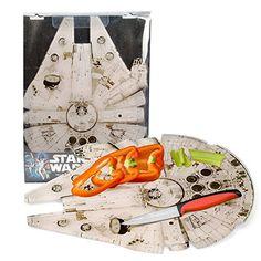Star Wars - Tovaglietta per la colazione / tagliere / piatto di presentazione del Millenium Falcon - Con licenza ufficiale di Guerre Stellari - 39 x 29cm Star Wars http://www.amazon.it/dp/B00KCQ701Y/ref=cm_sw_r_pi_dp_UEazwb17ENDDN
