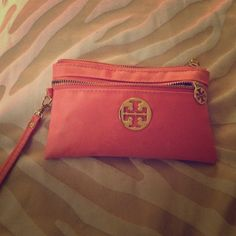 Used Tory burch wristlet Little makeup bag or purse Bags Clutches & Wristlets
