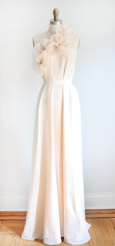Dolly Pearl 'Jolie' gown