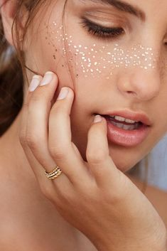 "BEAUTYMARKS ""THE NEW MAKEUP"" - FRECKLES 