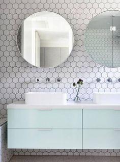 29 Trendy Hexagon Tile Ideas For Bathrooms   ComfyDwelling.com #trendy #hexagon #tile #ideas #bathrooms