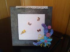 cuadros pintados con pasta de hiero Fleur y decorado con material de scrab